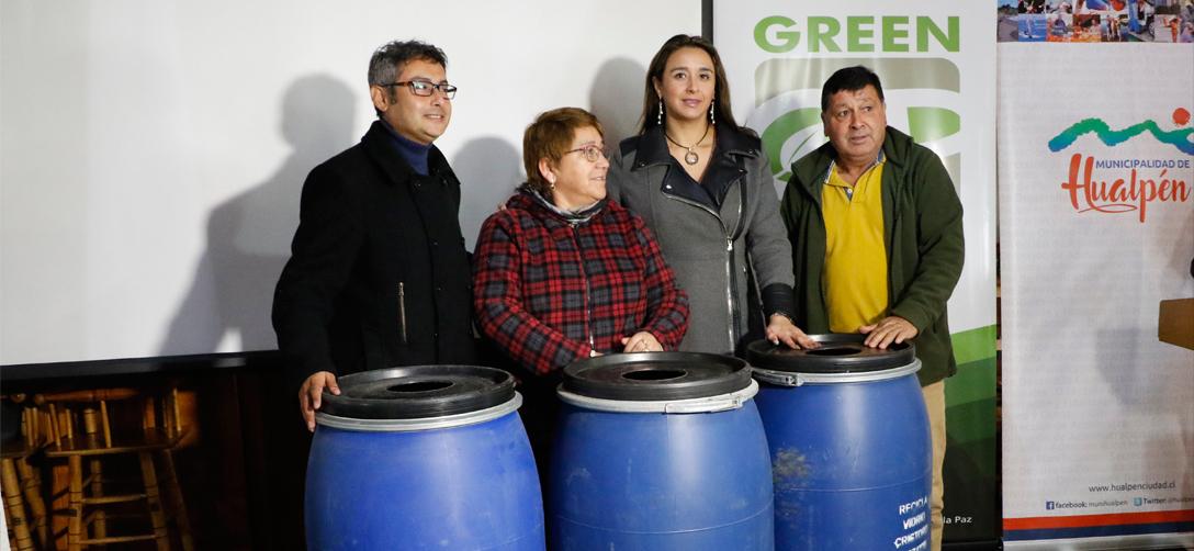 Hualpén: Locatarios gastronómicos de Caleta Lenga refuerzan el reciclaje de vidrio